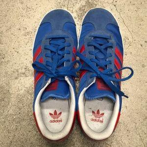 Adidas Gazelle boys sneaker size 4.5.